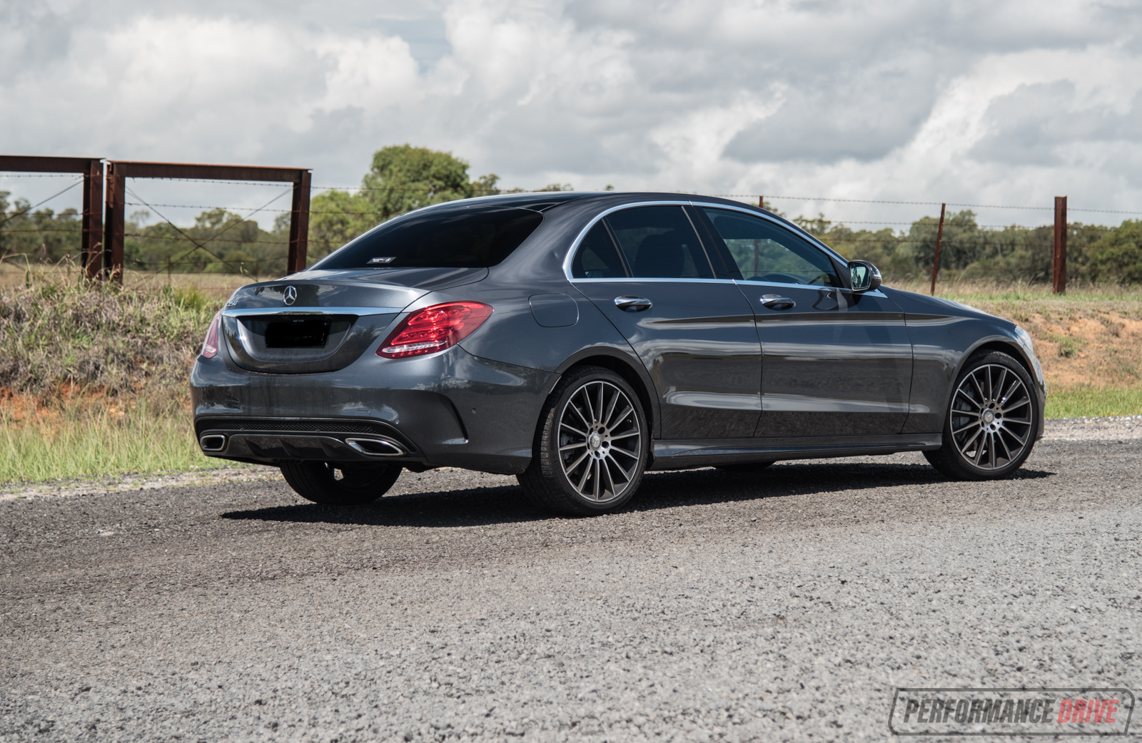 Mercedes benz c 250 amg line review video performancedrive for Video mercedes benz