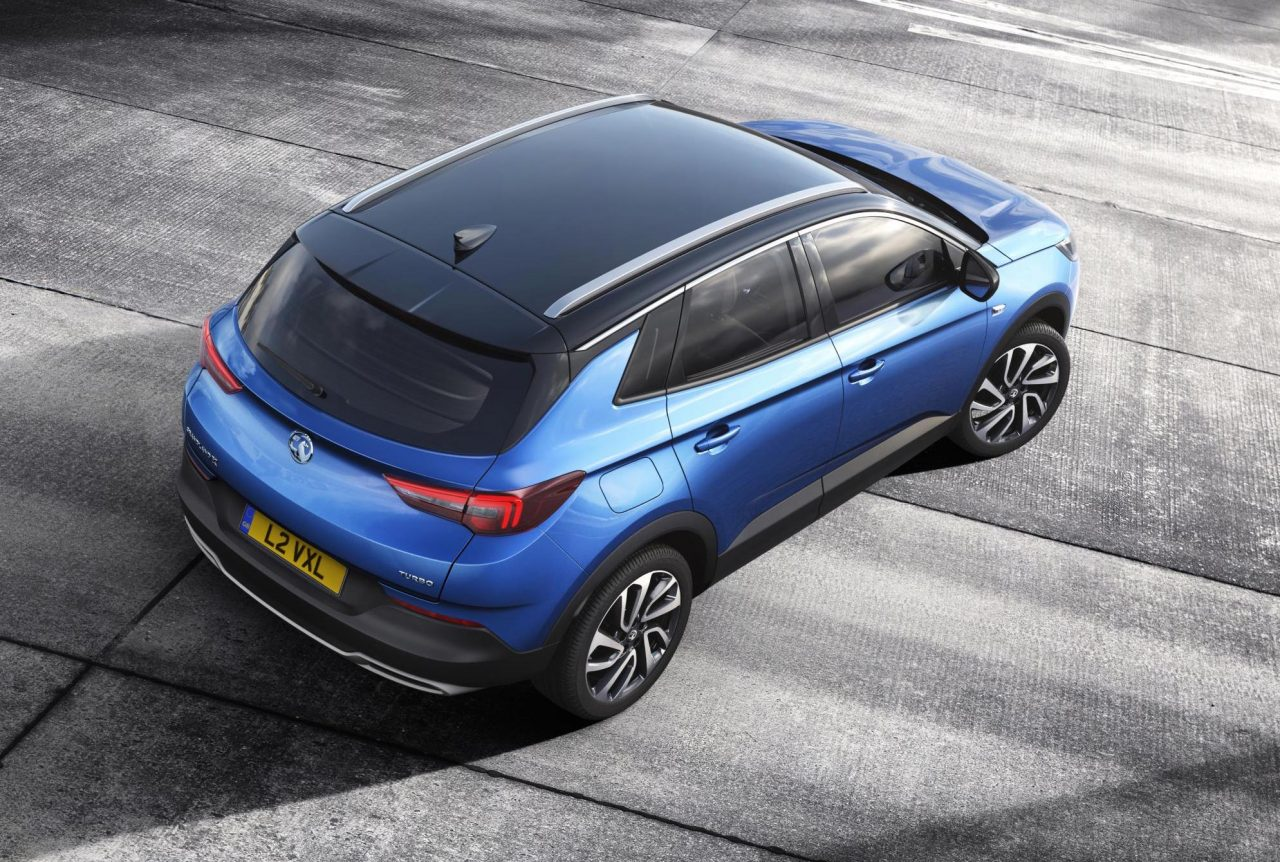 vauxhall grandland x revealed as gm 39 s new mid size suv performancedrive. Black Bedroom Furniture Sets. Home Design Ideas