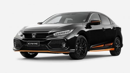Honda Australia adds Orange Edition & Black Pack to Civic hatch
