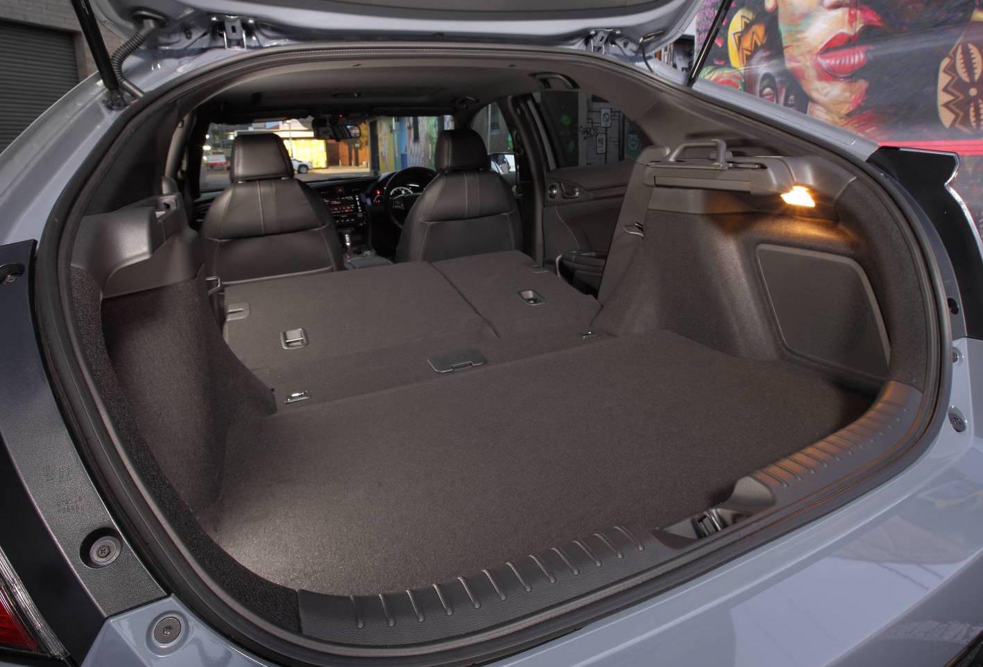2017 honda civic hatch now on sale in australia performancedrive. Black Bedroom Furniture Sets. Home Design Ideas
