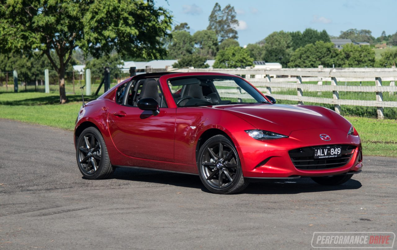 2017 mazda mx 5 rf review video performancedrive. Black Bedroom Furniture Sets. Home Design Ideas