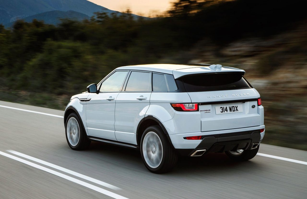 my2018 discovery sport gets 500nm twin turbo 213kw petrol. Black Bedroom Furniture Sets. Home Design Ideas