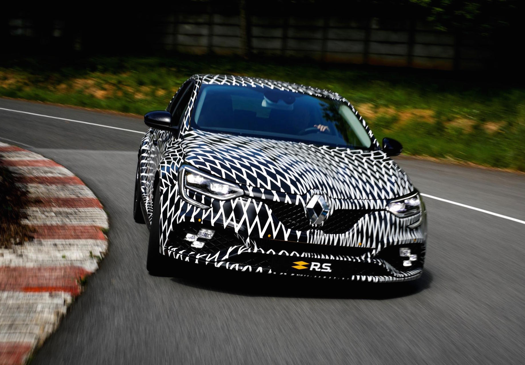 Renault Megane RS to debut at Monaco F1 GP