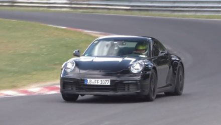 2019 Porsche 911 '992' spotted, looks fast (video)