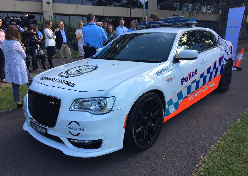 Chrysler 300 Srt Nsw Police Car Being Trialled Video