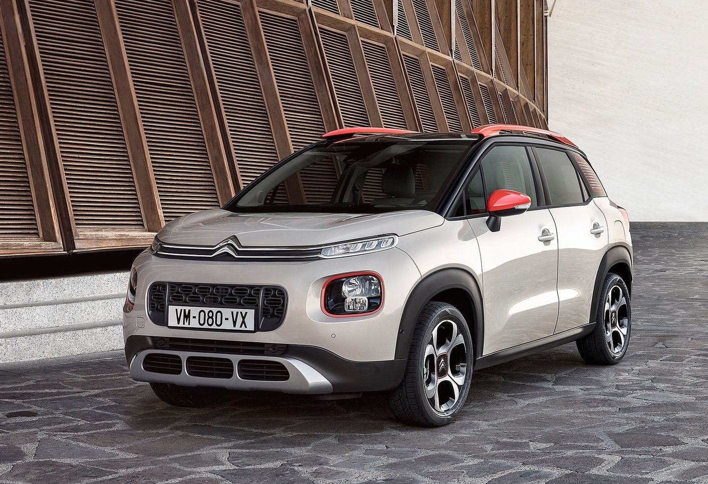 citroen c3 aircross unveiled replaces c3 picasso performancedrive. Black Bedroom Furniture Sets. Home Design Ideas