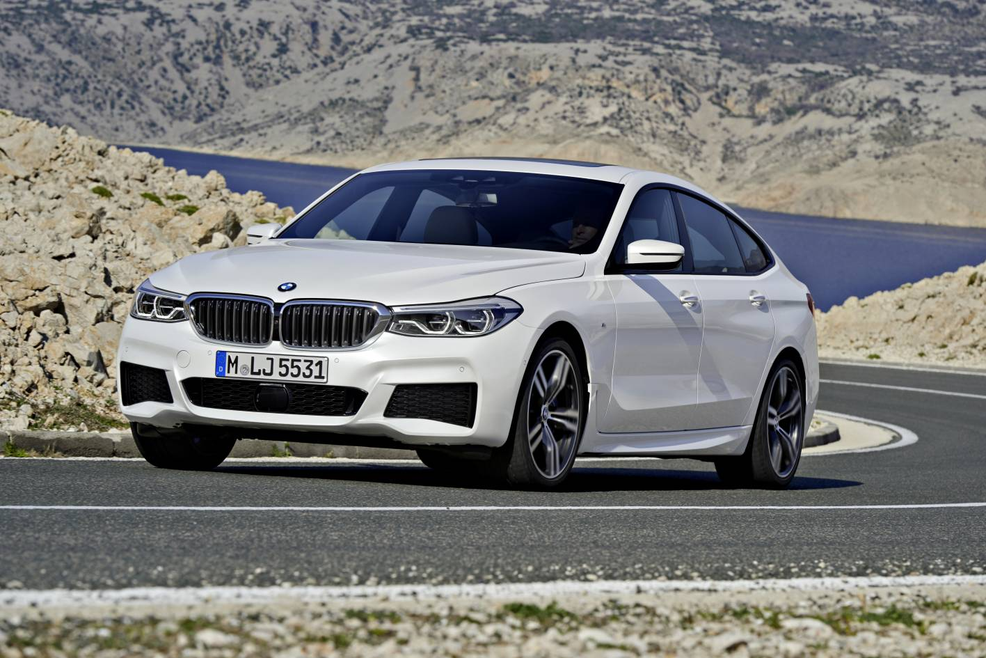 bmw 6 series gran turismo revealed replace 5 series gt performancedrive. Black Bedroom Furniture Sets. Home Design Ideas