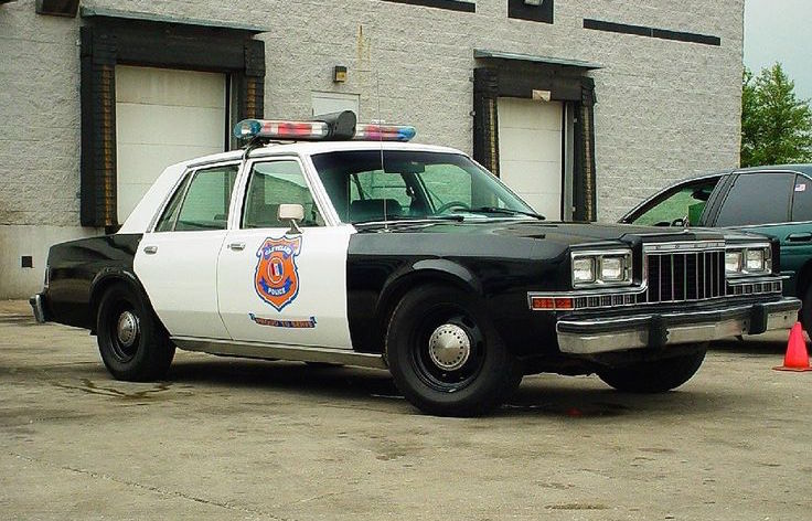 top 10 boxy us police cars of the 1980s performancedrive. Black Bedroom Furniture Sets. Home Design Ideas