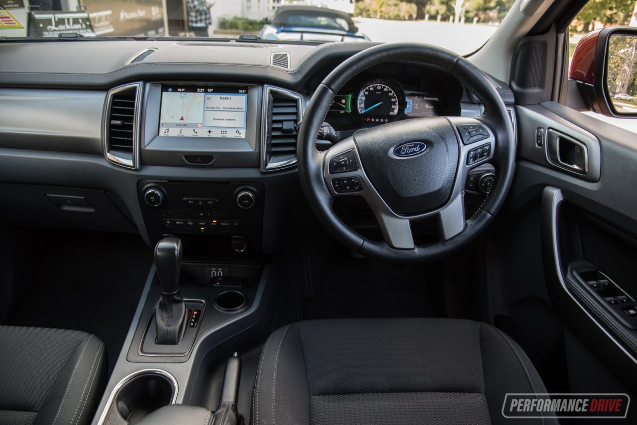 2017 Ford Everest Trend review (video)   PerformanceDrive