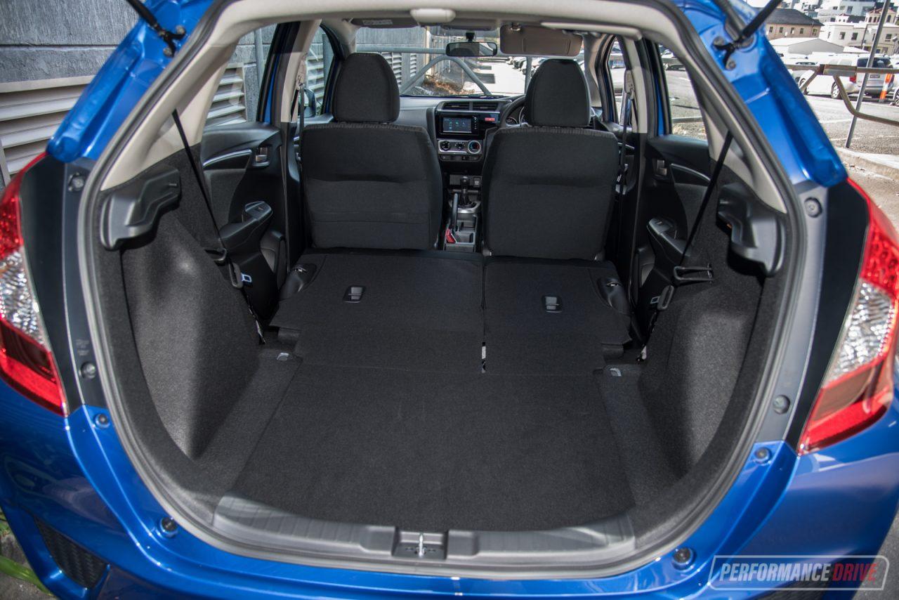 Honda Jazz Vti Max Cargo Space X on Interior Honda Hr V