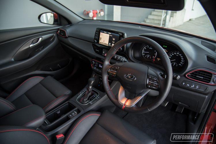 Model 2017 Hyundai I30 SR Vs Honda Civic RS Warm Hatch
