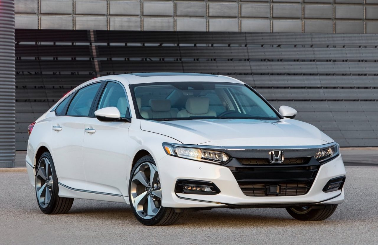 2018 honda accord debuts with new 10spd auto turbo engines performancedrive. Black Bedroom Furniture Sets. Home Design Ideas