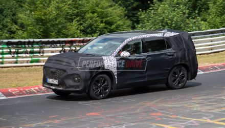 2018 Hyundai Santa Fe spotted testing at Nurburgring (video)