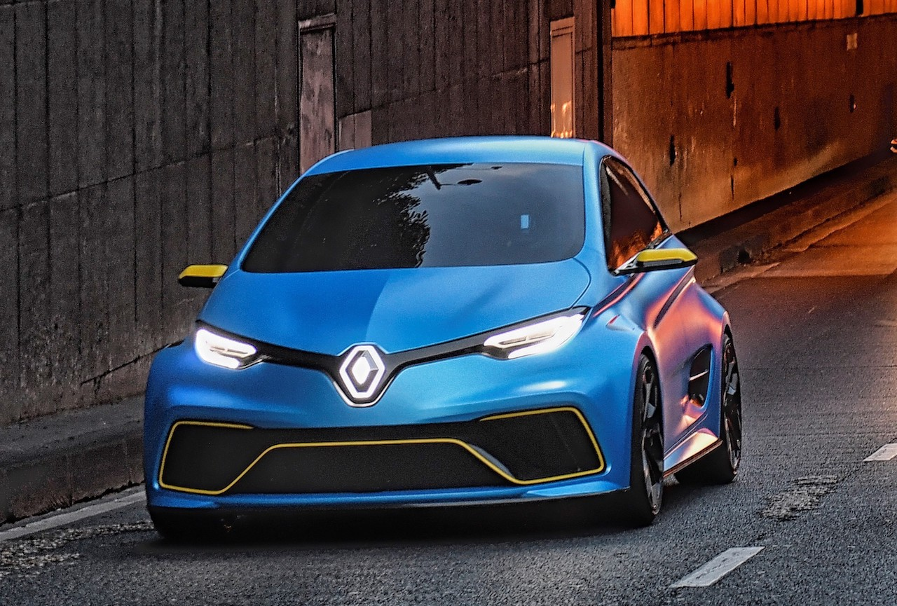 renault zoe r s electric hot hatch under consideration performancedrive. Black Bedroom Furniture Sets. Home Design Ideas