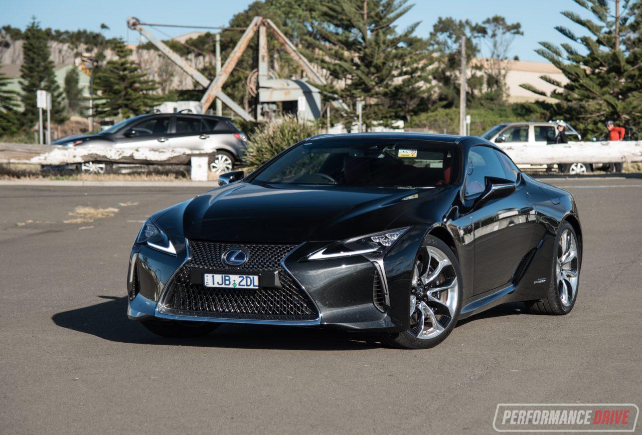 2017 Lexus LC 500h Review (video)