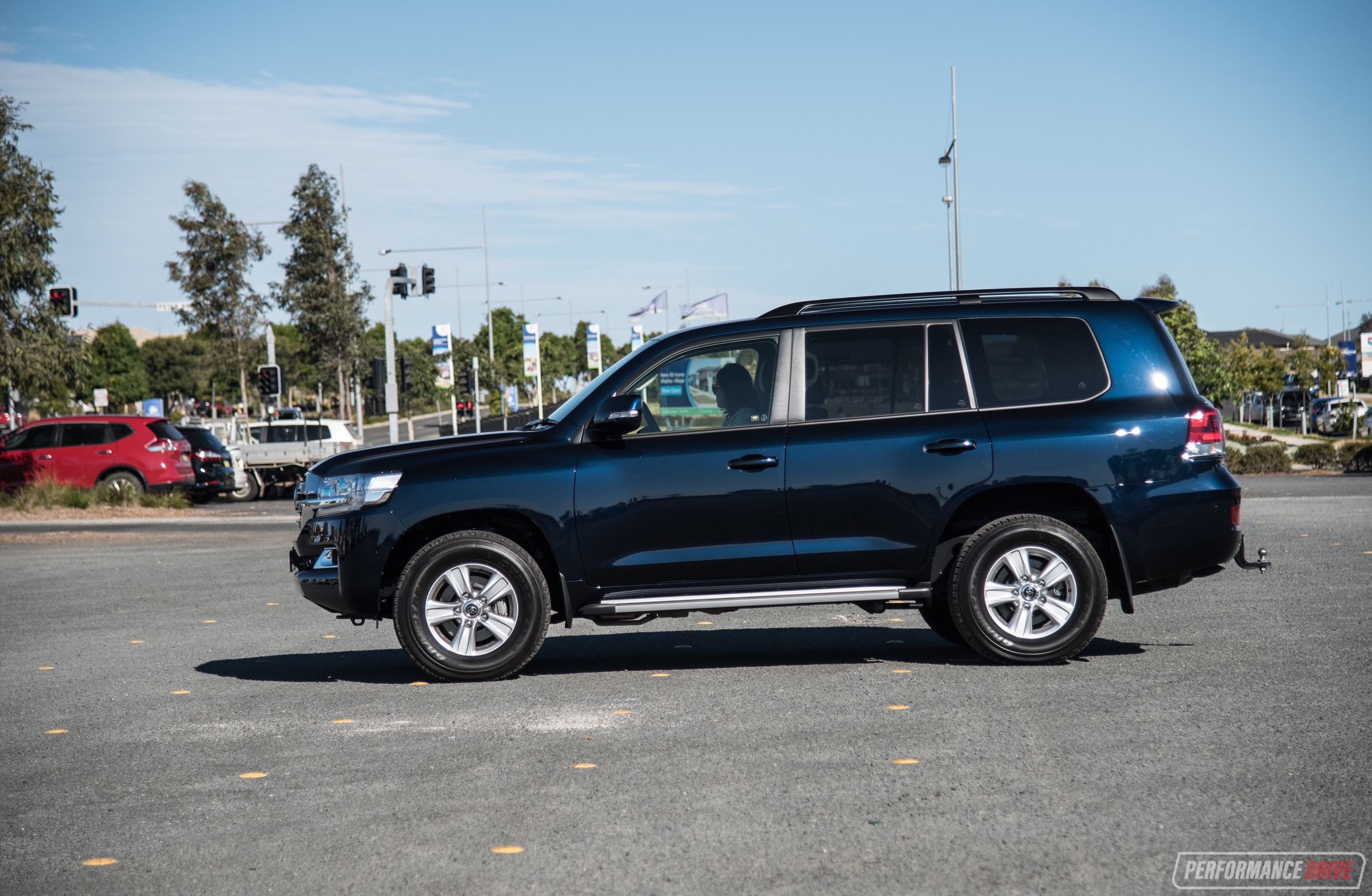 2017 toyota landcruiser altitude blue. Black Bedroom Furniture Sets. Home Design Ideas