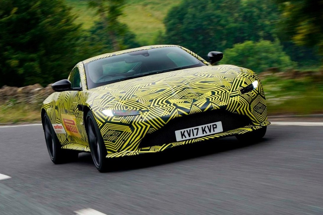 2018 aston martin vantage previewed via prototype images performancedrive. Black Bedroom Furniture Sets. Home Design Ideas