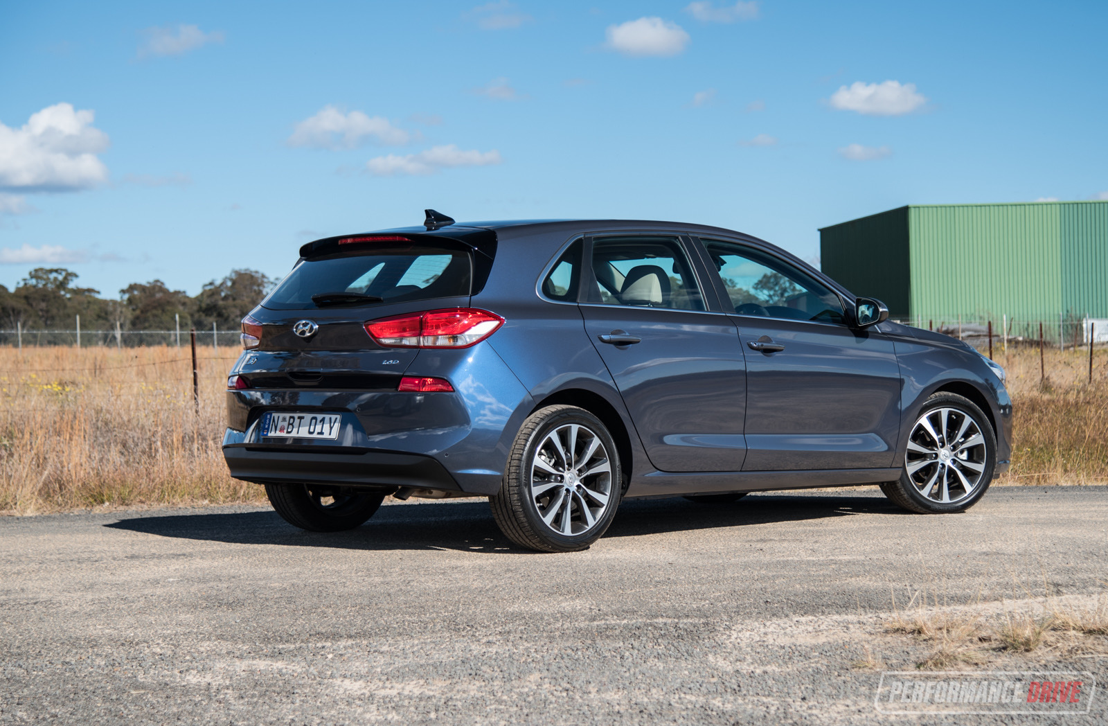 2018 hyundai i30 premium diesel review video. Black Bedroom Furniture Sets. Home Design Ideas