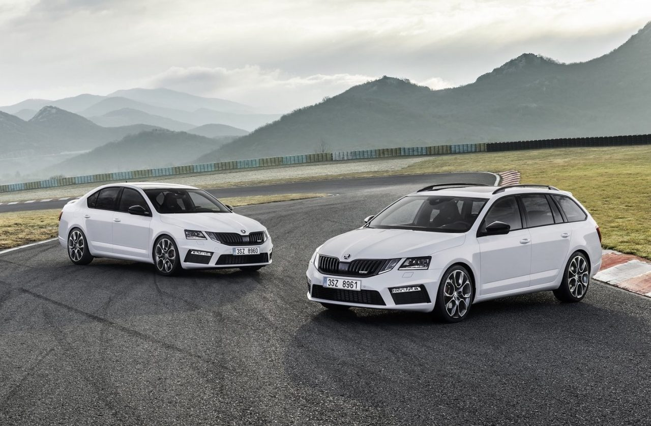 2018 skoda octavia rs now on sale rs 245 coming in november performancedrive. Black Bedroom Furniture Sets. Home Design Ideas