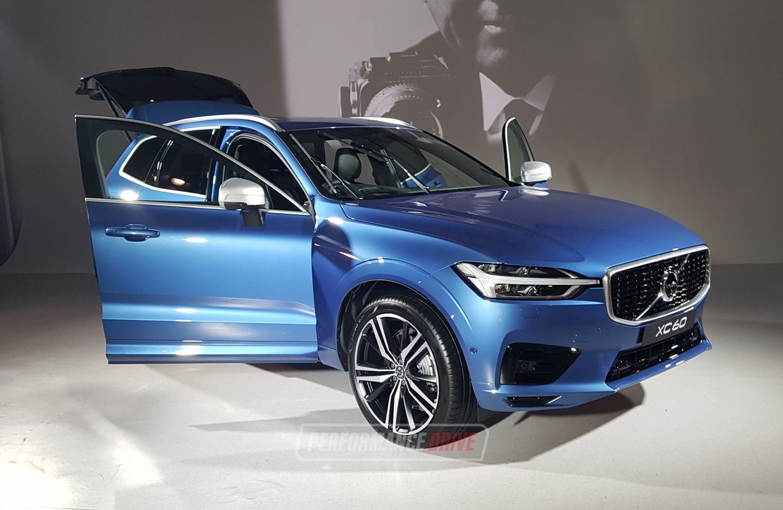 2018 volvo xc60 makes australian debut performancedrive. Black Bedroom Furniture Sets. Home Design Ideas