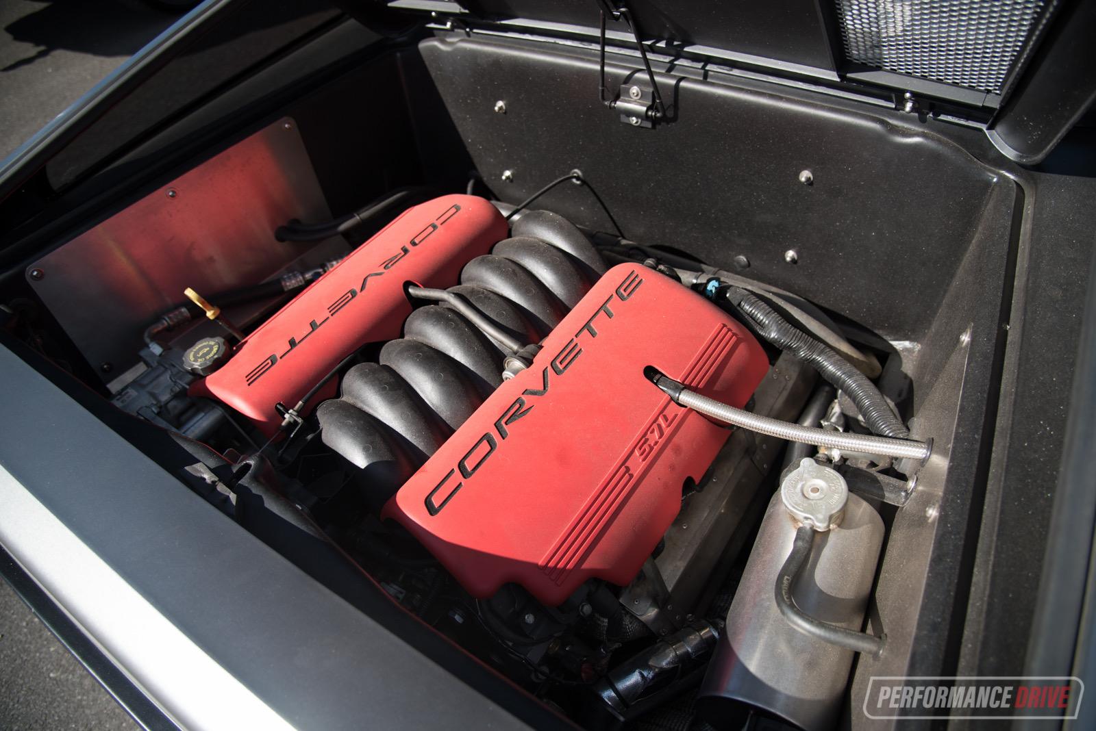 DeLorean with Chev LS V8 conversion: 0-100km/h & engine ...