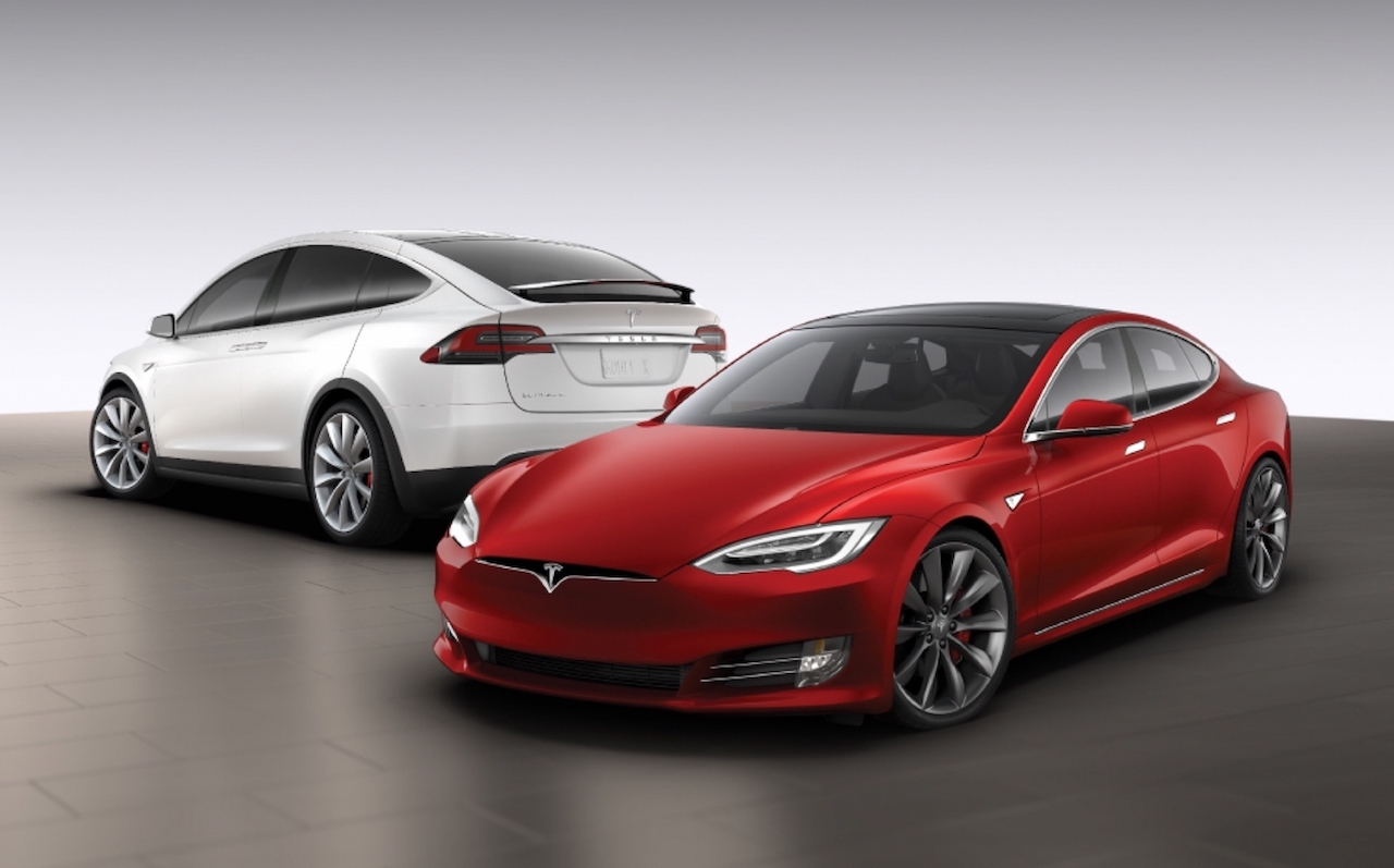 tesla model s x updated 75 0 100km h cut by 1 second. Black Bedroom Furniture Sets. Home Design Ideas