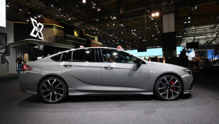 2018 Holden Commodore VXR shows off sporty design at Frankfurt