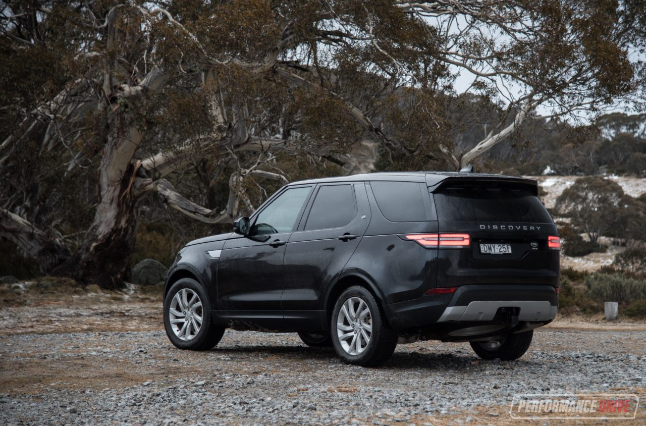 http://performancedrive.com.au/wp-content/uploads/2017/09/2017-Land-Rover-Discovery-HSE-Sd4-rear-1280x844.jpg