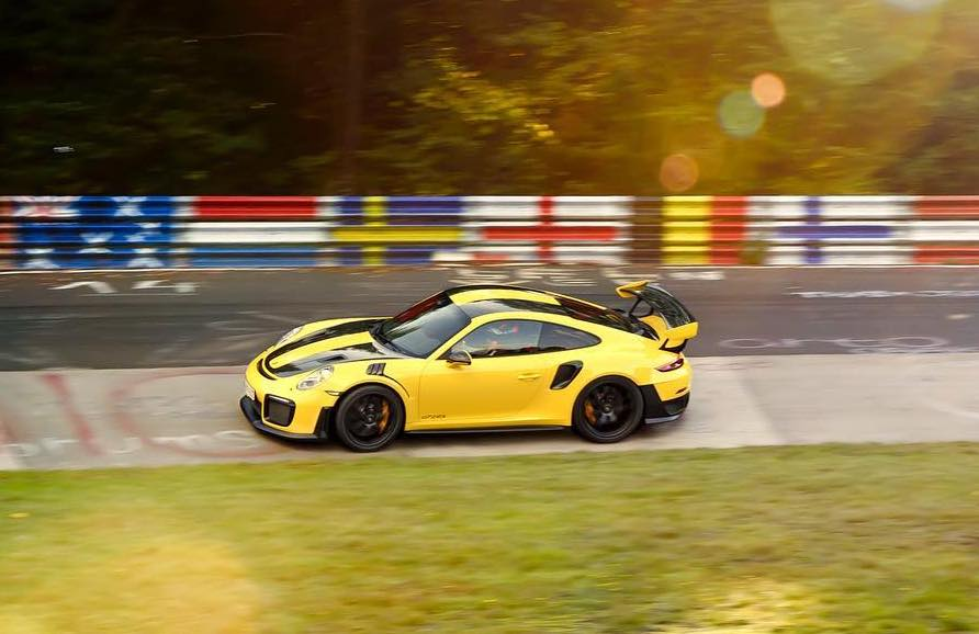 porsche hints nurburgring lap record with 911 gt2 rs performancedrive. Black Bedroom Furniture Sets. Home Design Ideas