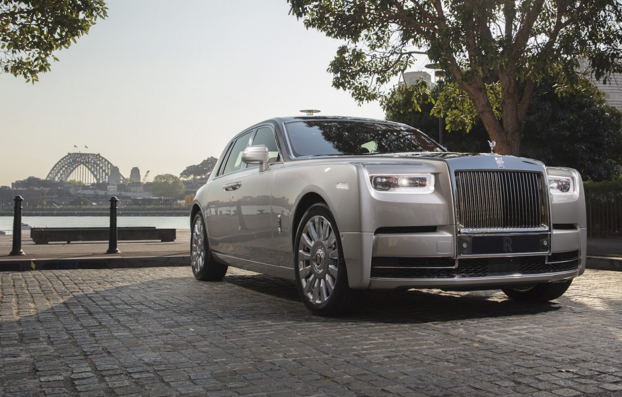 new rolls royce phantom viii debuts in australia performancedrive. Black Bedroom Furniture Sets. Home Design Ideas