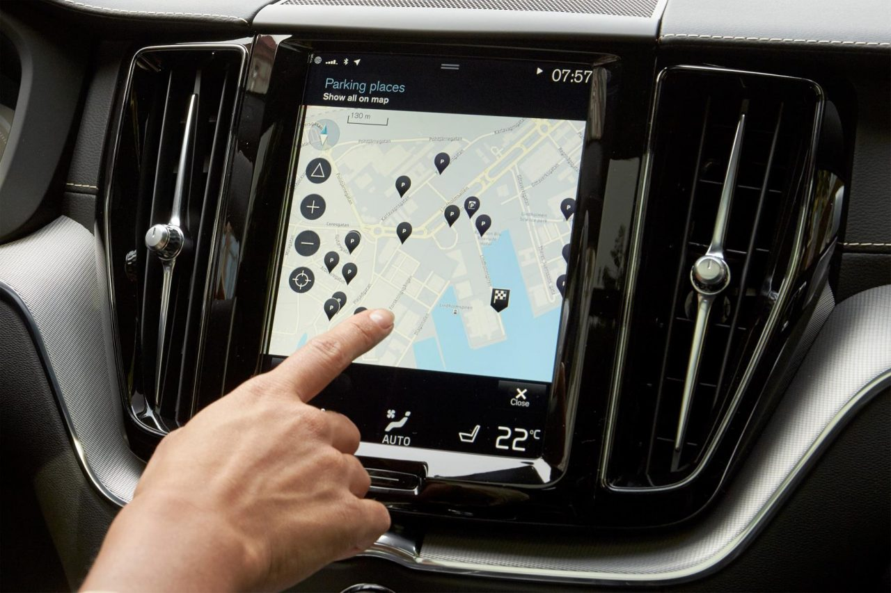 Volvo XC40 getting Pilot Assist, large tablet-like touch-screen | PerformanceDrive