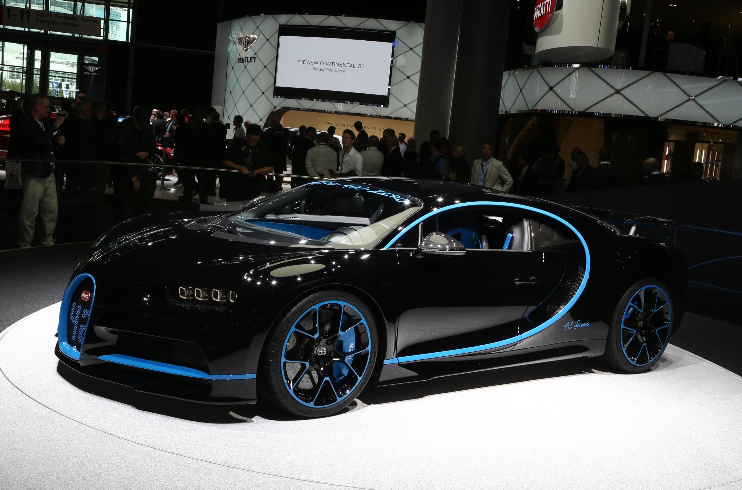 Video suggests Bugatti Chiron can hit 273 miles per hour