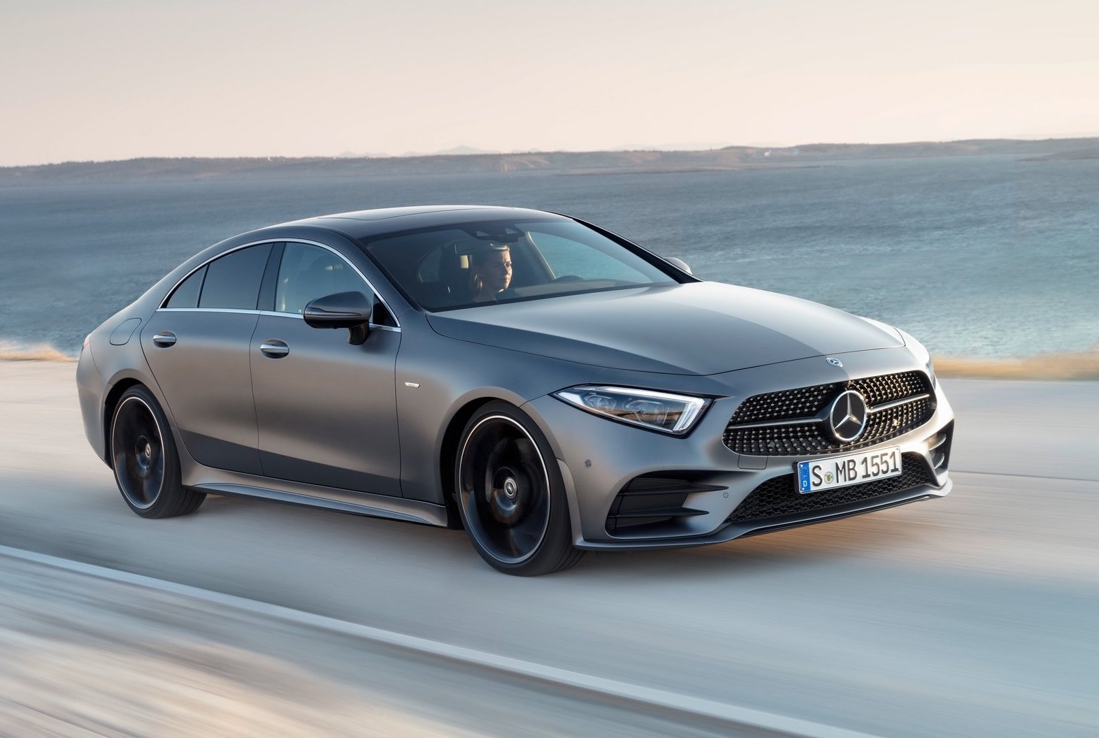 2018 mercedes benz cls revealed debuts inline six engines performancedrive. Black Bedroom Furniture Sets. Home Design Ideas