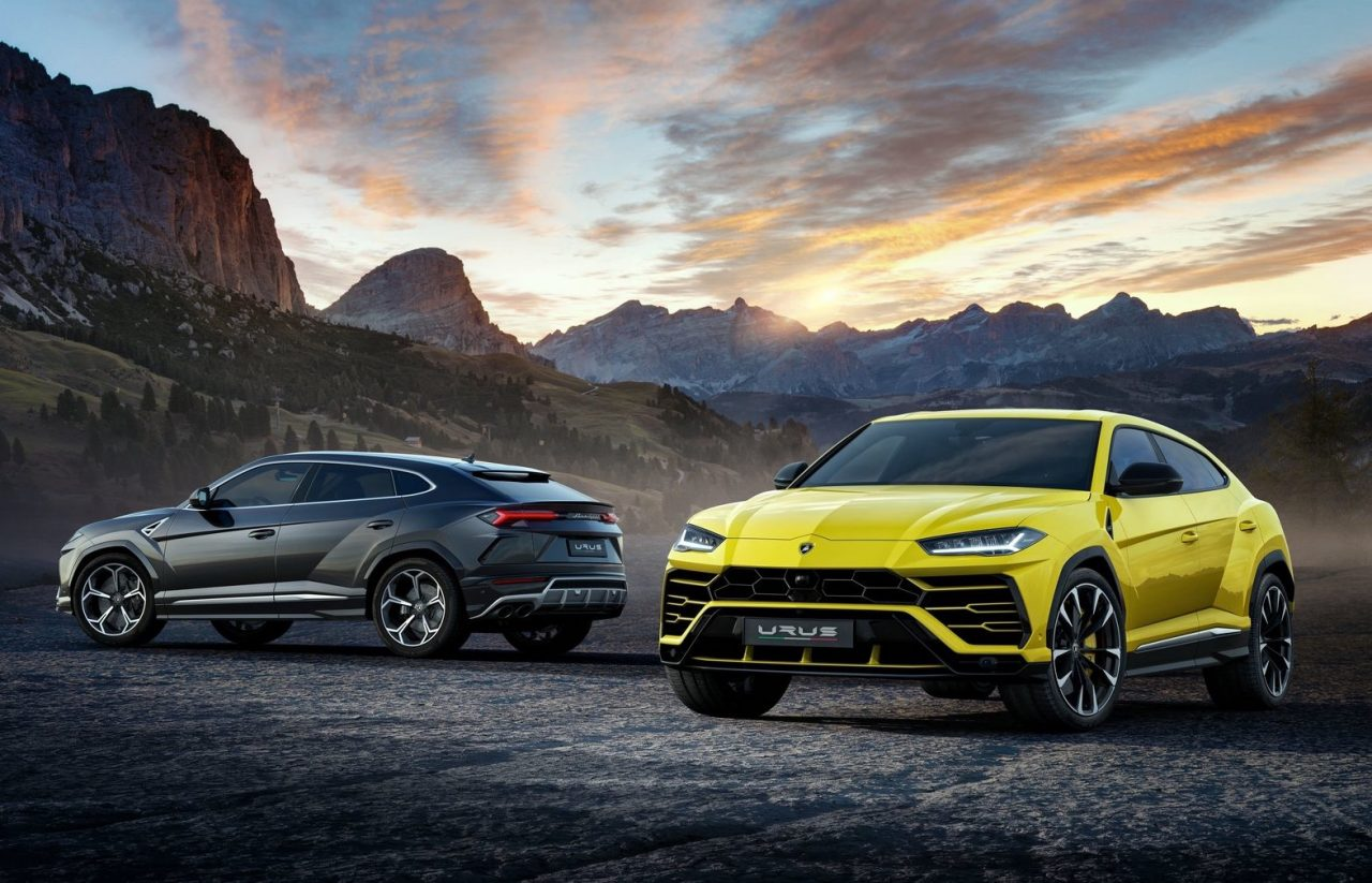 lamborghini urus officially unveiled with twin turbo v8 power performancedrive. Black Bedroom Furniture Sets. Home Design Ideas