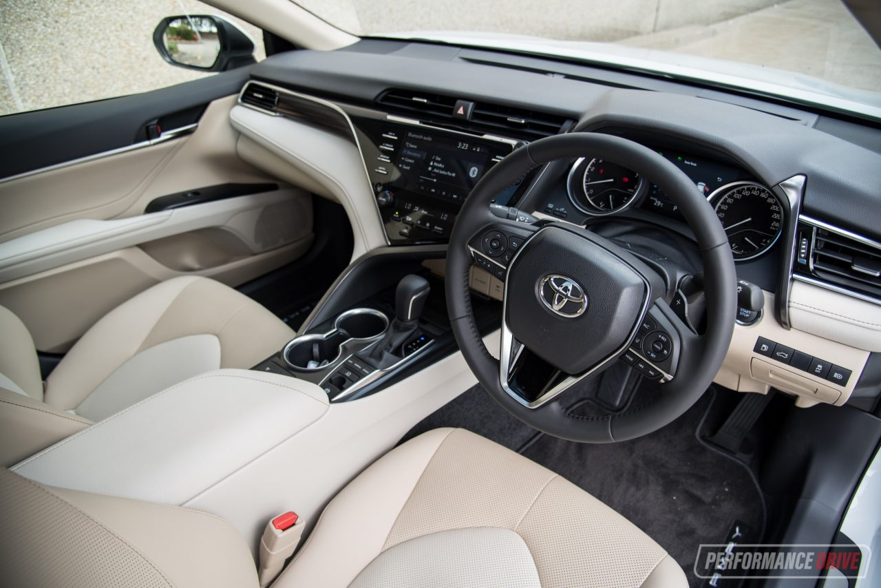 2018 Toyota Camry Sl Review V6 2 5l Video Performancedrive