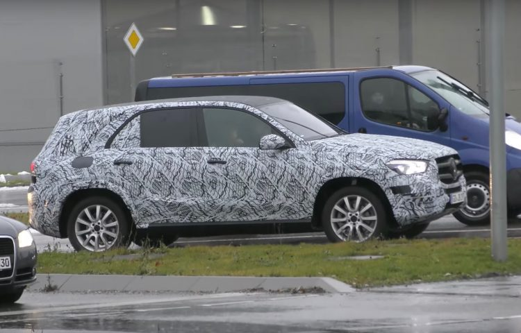 2019 mercedes benz gle 39 w167 39 spied gets new look front for Mercedes benz gle 2019