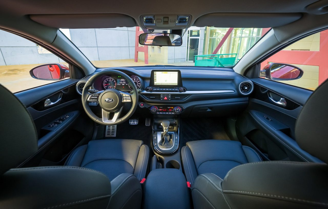 2018 Kia Cerato unveiled at Detroit, stylish new look ...