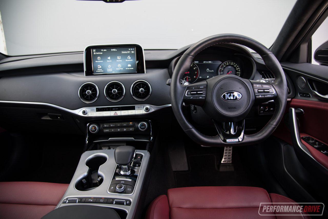 kia stinger v6 vs bmw m140i young executive car comparison performancedrive. Black Bedroom Furniture Sets. Home Design Ideas