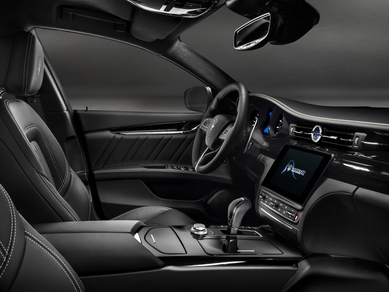 2018 Maserati Quattroporte S GranLusso-interior
