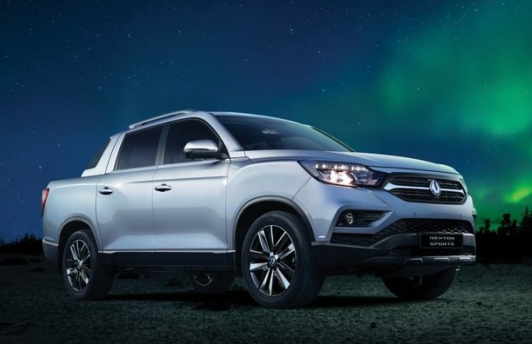 2018 ssangyong rexton sports revealed as new ute performancedrive. Black Bedroom Furniture Sets. Home Design Ideas