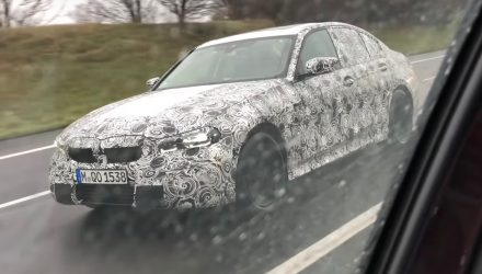 2019 BMW 'G20' 3 series spotted on autobahn (video)