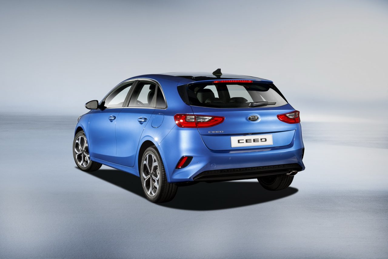 2018 kia ceed bows ahead geneva cerato 39 s european cousin. Black Bedroom Furniture Sets. Home Design Ideas