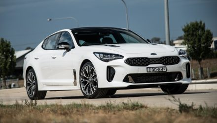 2018 kia stinger gt review video performancedrive. Black Bedroom Furniture Sets. Home Design Ideas