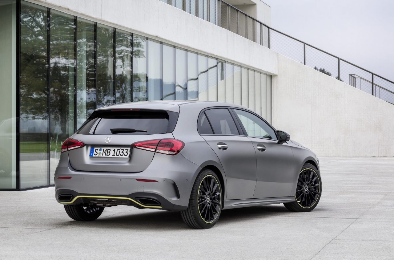 2018 mercedes benz a class revealed with all new design for Mercedes benz 2018 amg