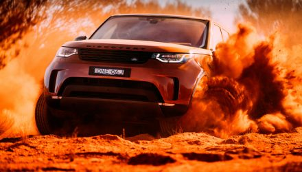 Land Rover Discovery-dirt