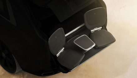 Rolls-Royce Cullinan features 'Viewing Suite' rear seats