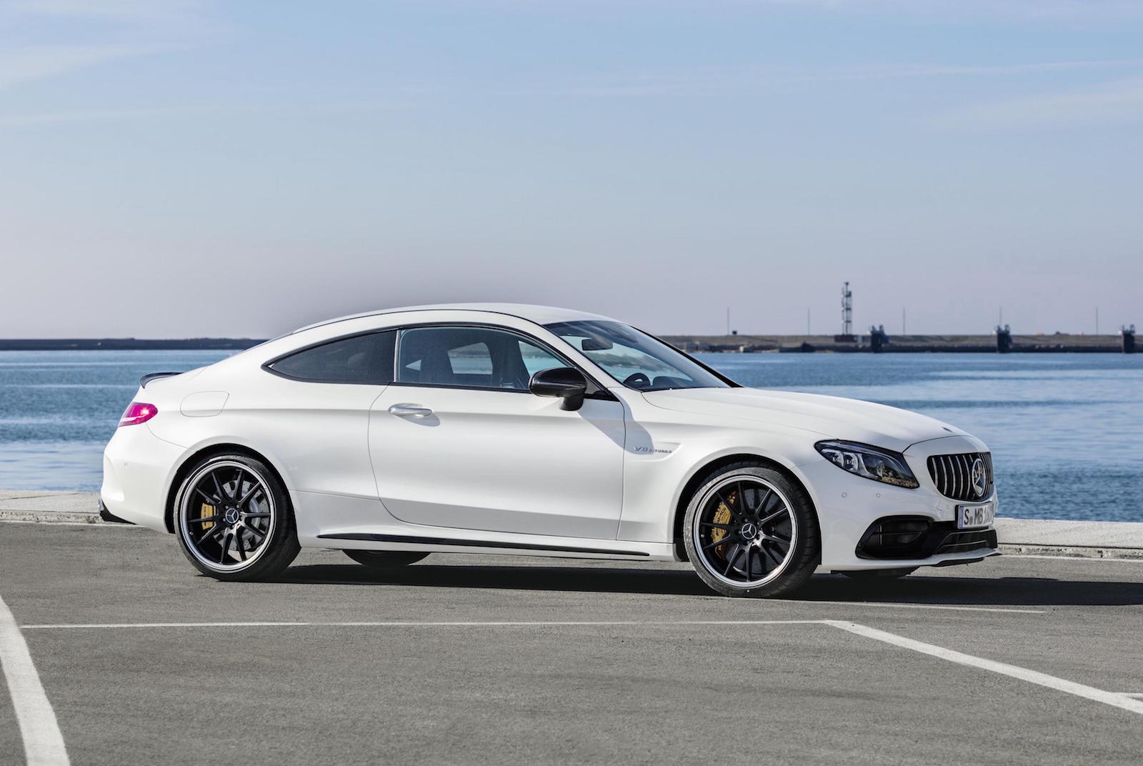 2018 mercedes amg c 63 update unveiled gets 9 speed auto performancedrive. Black Bedroom Furniture Sets. Home Design Ideas
