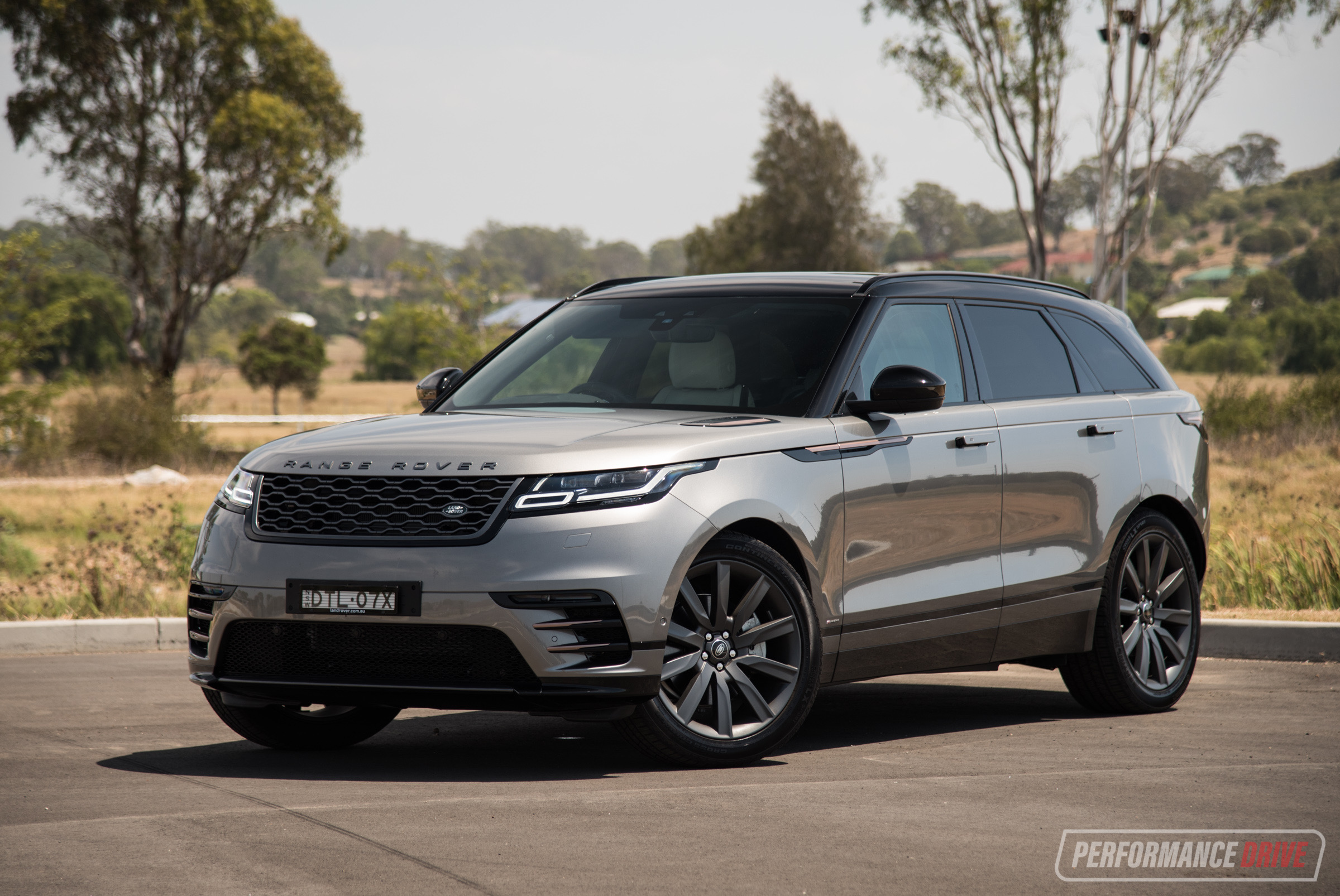 2018 Range Rover Velar P380 R-Dynamic SE review (video ...