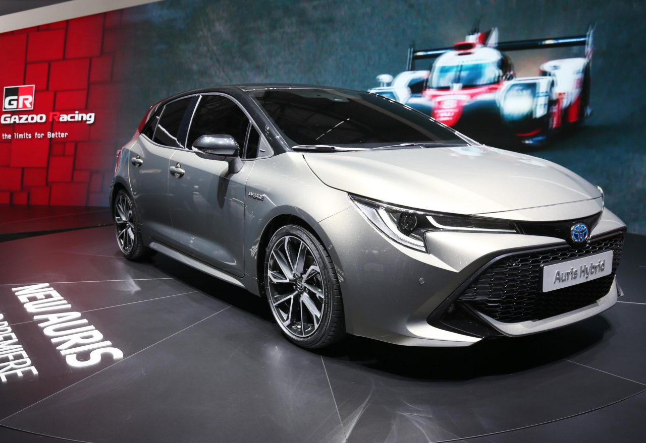 2019 toyota corolla officially revealed on sale in august. Black Bedroom Furniture Sets. Home Design Ideas