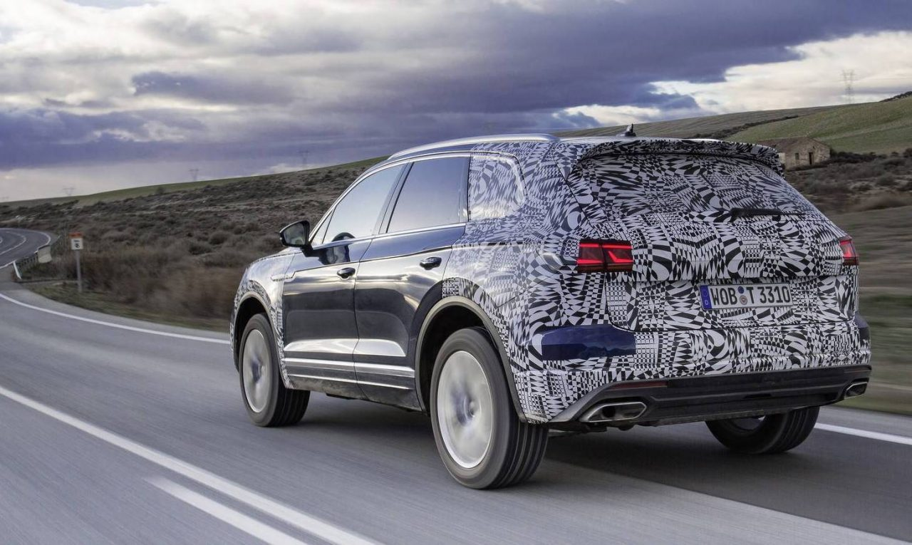 2019 Volkswagen Touareg previewed, interior revealed (video) | PerformanceDrive
